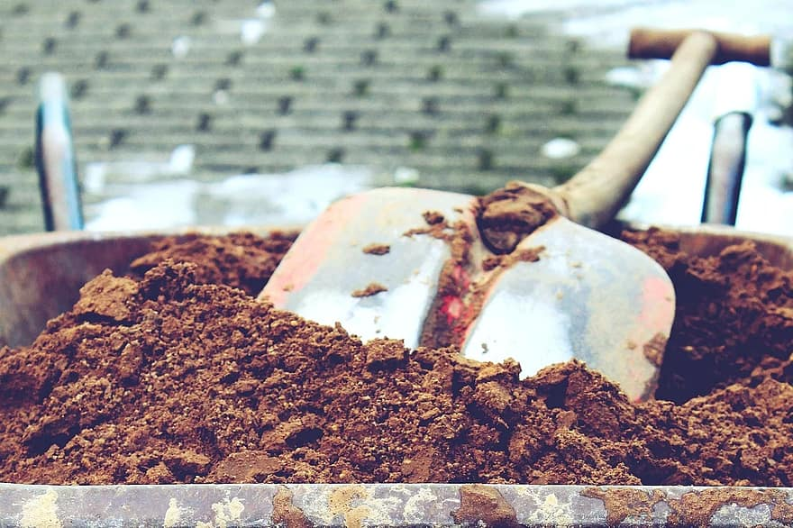 Comment assurer la gestion des déchets verts issus des travaux de jardinage ?